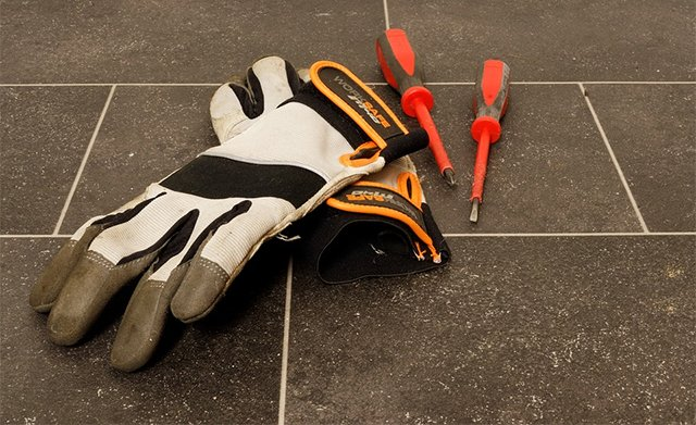 Work Gloves Buying Guide and Our Top Picks
